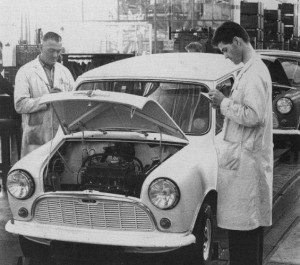 Production de Morris Mini à Cowley