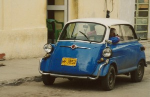 Bubble_car​_Isetta_cu​ba